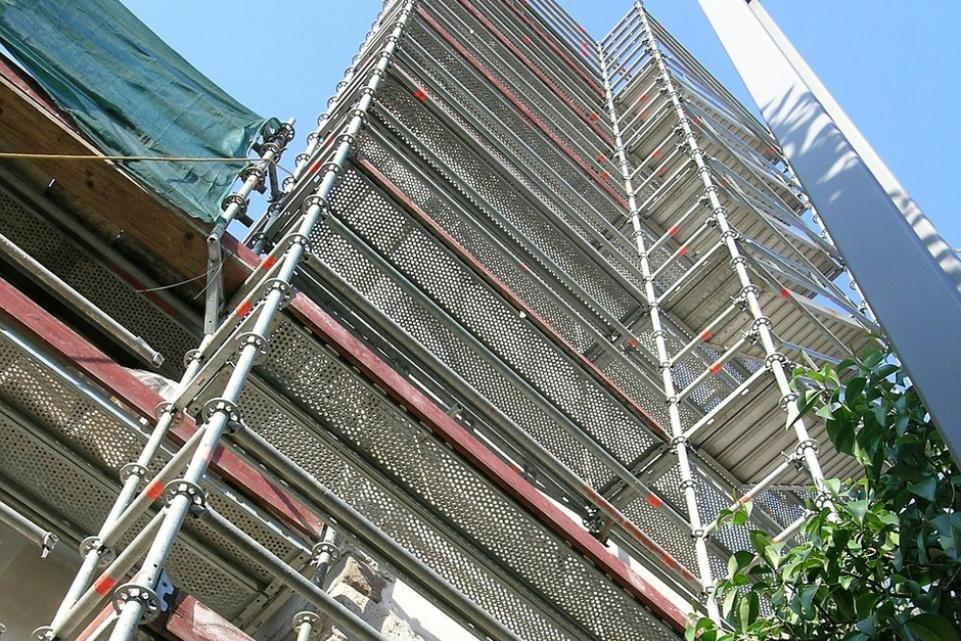 Councils worked quickly to send cladding samples for testing - LGA